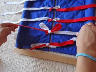 Bastidor de Lazos.// Dressing frame: Bows