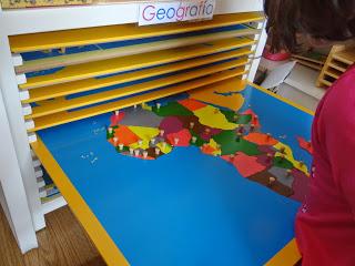 Avanzando en Geografía…// Improving the Geography…
